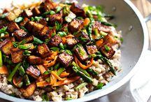 Cooking Ideas:  Weekday Vegetarian / by Rose Sniatowski
