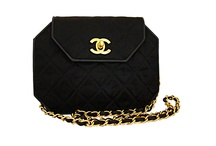 Handbags / by #1 Srat Star