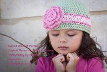 Crochet hats | Horgolt sapkák | Gehäkelte Mützen / by Nanon // NanonArt