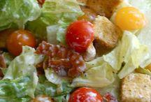 Food-Soups & Salads / by Nyah