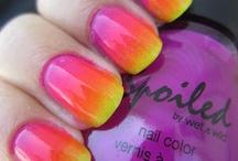 Nails / by nancy fleecs