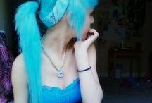Hair / Colorful hair styles / by Maralee Santana