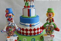 CIRCUS Fondant Cakes / by Isabel Macarron