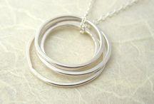 Jewelry I Love / by Susan Yowler