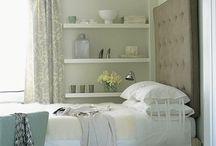Small BedroomDecor Ideas / by Lita Escobar
