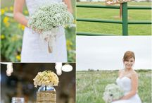 wedding bouquets♡ / by Sarah Williams