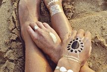 Flash tattoos😍✨ / by Esther Thompson
