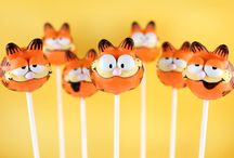 cake pops / by Moni Rokach