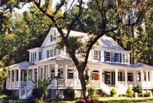 dreamy homes / by Shauna Reed