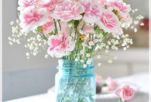 Flowers / by Nelly Garcia Barroso