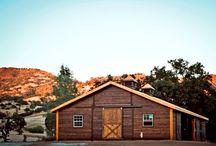 Barn homes / by Lisa Lira