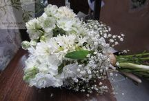 Wedding Flowers / by Janine Durnall