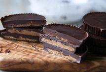 Sweets / by Katie Jasiewicz