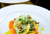 onli for Ravioli  !! / ideas for ravioli fillings.... / by Delle Woolf