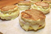 Recipes: Breakfast / by Tina Voller-Ewert