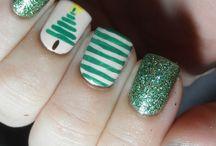 Pretty Nails / by Vicki Hopper