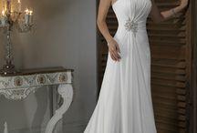 Pretty Wedding Dresses / by Kristen Sutherin