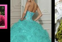 15 dresses / by Lesly Gomez