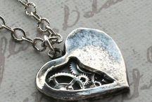 Jewelry I like / by Lori Kenyon