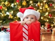 Christmas Baby Picture Ideas / by Jessica Schonter