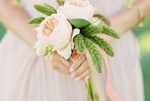 wedding flowers / by Sarah Springett