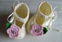 Crochês Bebe / by Ana Claudia Bahniuk