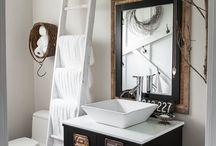 Bathroom / by Janet Plank