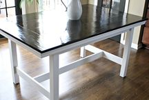 Dining table / by Lois Hayes
