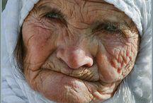 Mature women... / by Candice Piretti