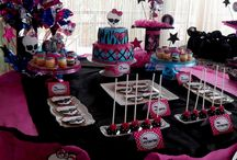 Monster high party / by Grisol Villalovos
