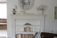 Library/Bookshelf Ideas / by Melissa Byrne
