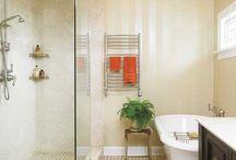 Bathrooms / by Sarah Torpy