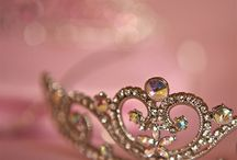 ~ I'm The QUEEN In My House Love ~ / by Misty Dennie