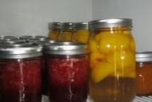 Homemade/grown foods  / by Elizabeth Tynan