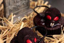 Halloweenie!  / by Valerie Carmichael-Woosley