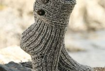 Knitting / by Eleni Brennen