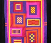 Quilts I Love / by Phyllis Herda