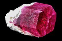 Gemstones & Metals / by Linda Li