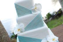 creative cakes / by Viviane Ellis