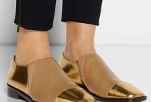 shoes shoes shoes  / by Tanchi Pérez Conejeros