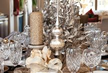 Christmas tablescapes & decorating / by Maria Harmon
