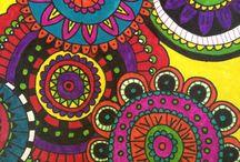 Mandalas y colores / Todo tipo de formas y colores reunidas en figuras que representan el Universo todo / by Nora Guzman