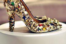 Jewelry & Acessories / by Mariana Ferreira