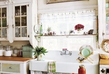 Vintage Kitchen Ideas / by Heather Stoops