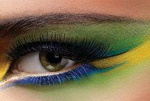 Makeup / by Sarah Kracht