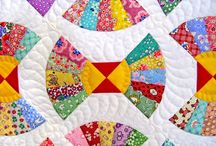 quilts / by Leslie Banta-Idol