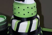 Let them eat cake-fun cakes I like / by Katie Michaud-Tang