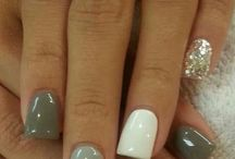nails / by Melissa Geiger
