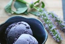 Ice Cream / by Kimberly Bernier