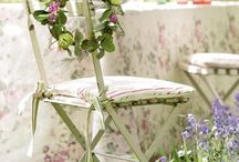 Shabby, vintage and brocante / by Marizella Love it